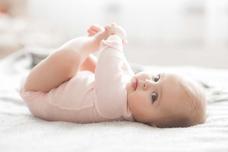 4 Do's and Don't's So You Can Relax After Having a Newborn Baby