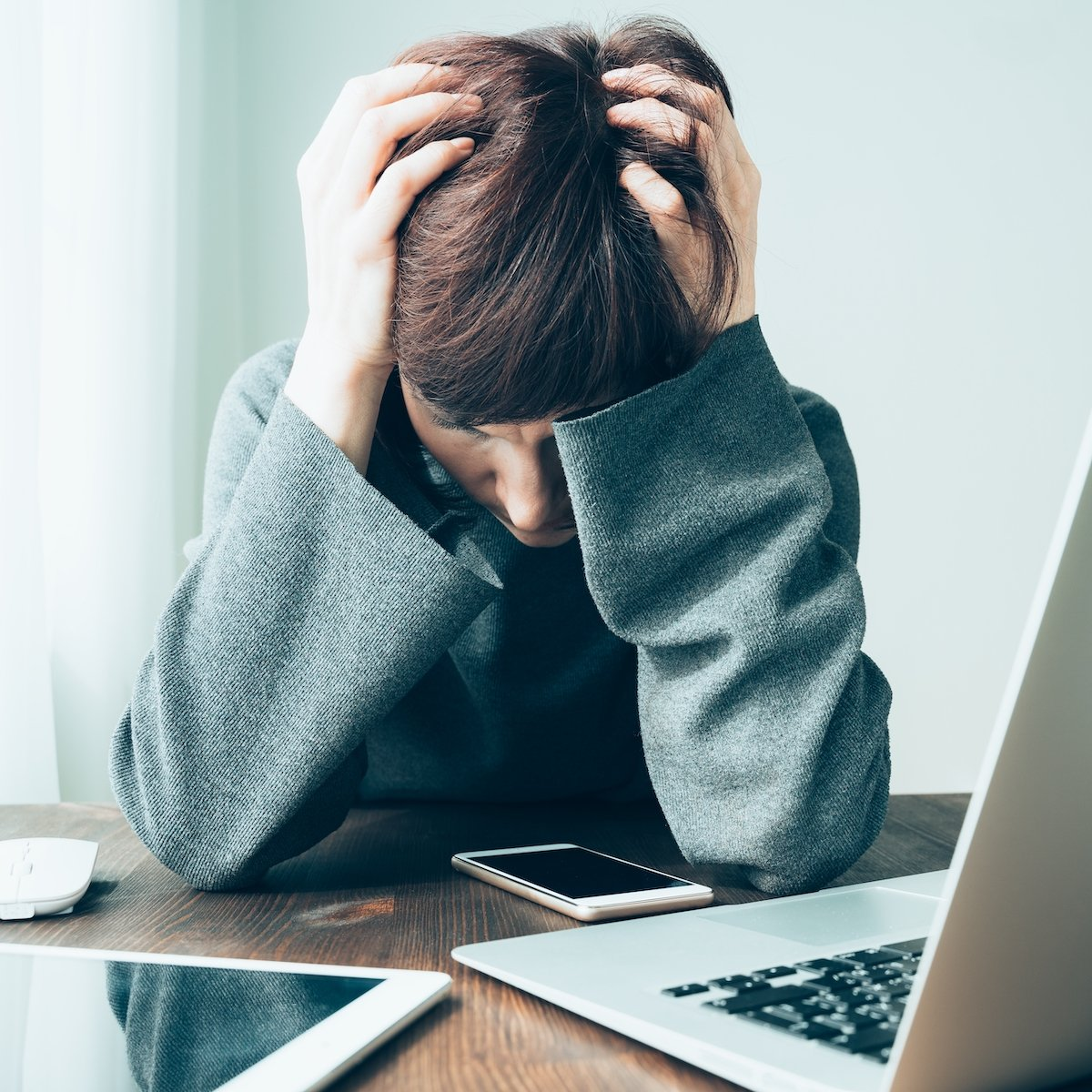 Teen in therapy for anxiety.